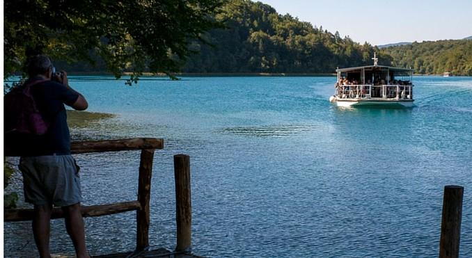 Mit dem Boot auf den Plitvicer Seen