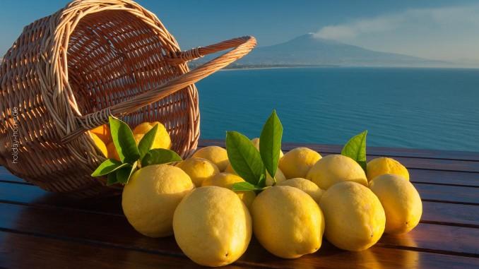 Zitronen gehören zu Sizilien wie der Ätna